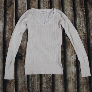 🎀3/$30 Mossimo Off White Knit Crewneck Small